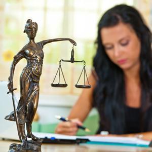 Юристы Карталов